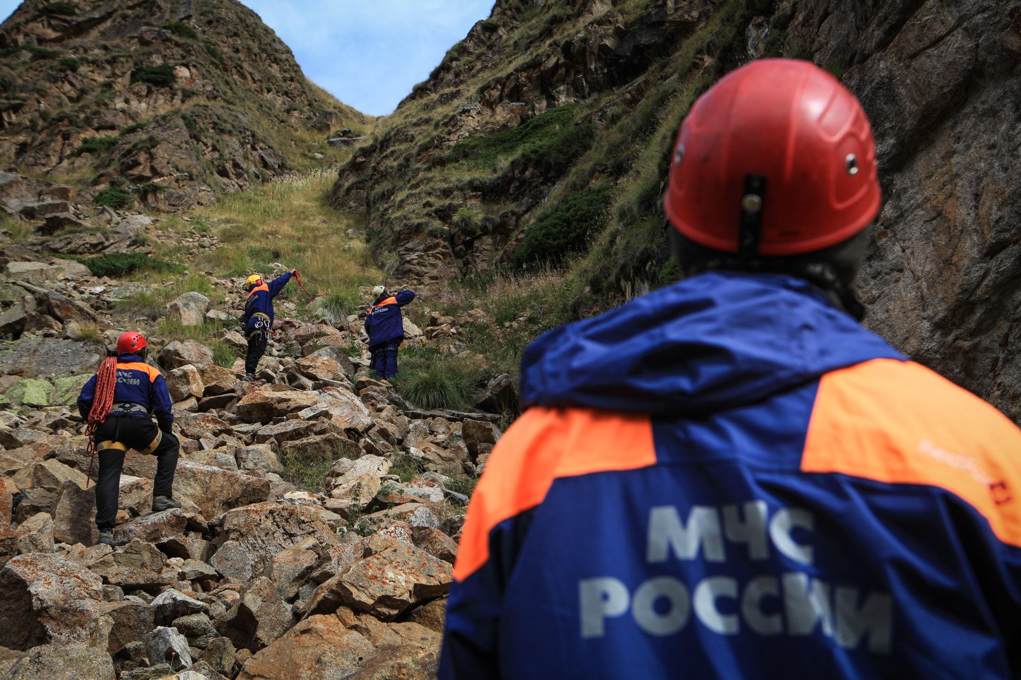 Поисково-спасательные работы в ущелье Терскол