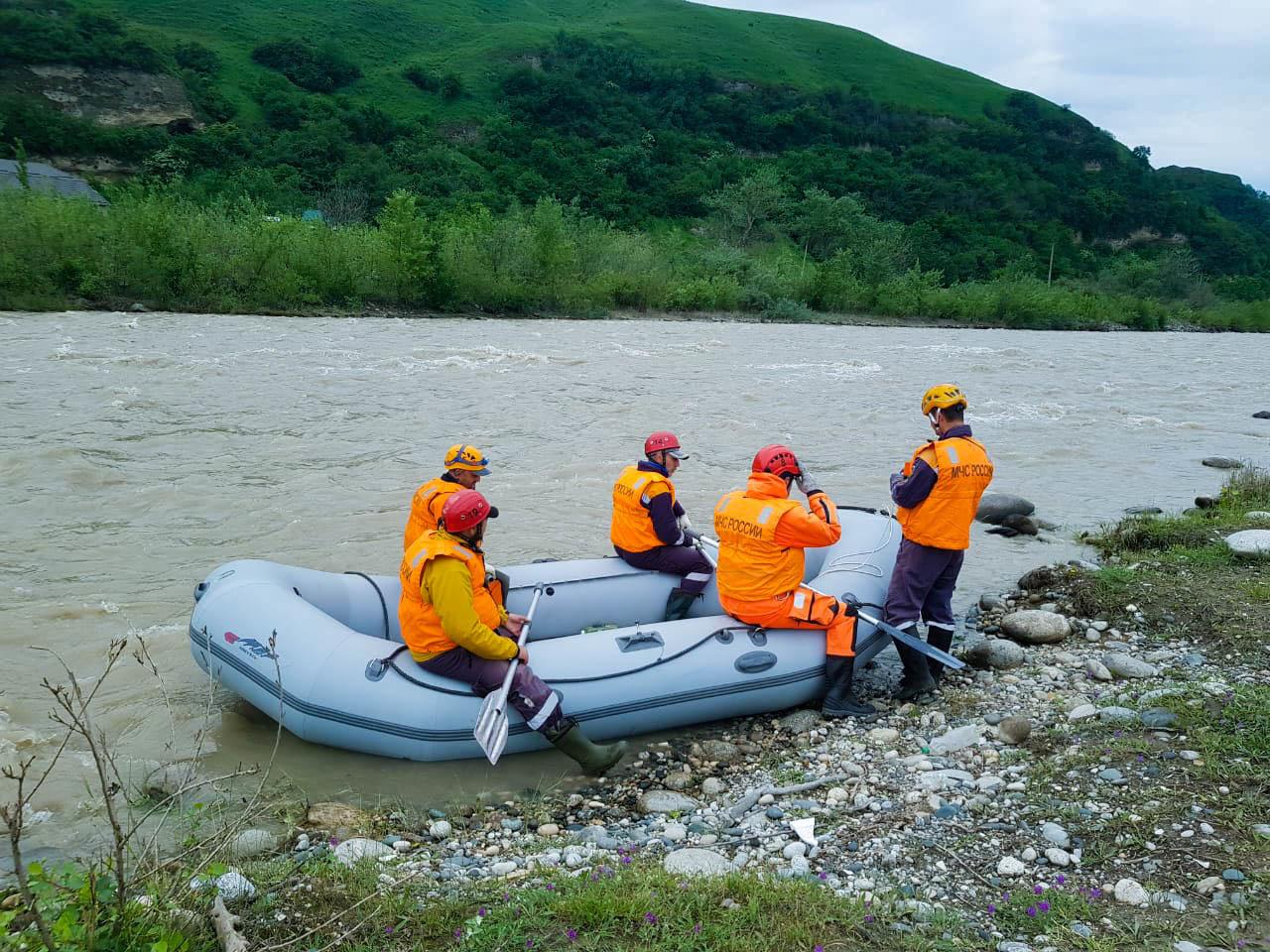 Поисково-спасательные работы в Эльбрусском районе завершены.